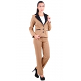 uniforme executivo feminino